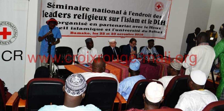 Droit  International Humanitaire et Islam : La Croix-Rouge Malienne et le  Comité international de la Croix-Rouge face aux leaders religieux