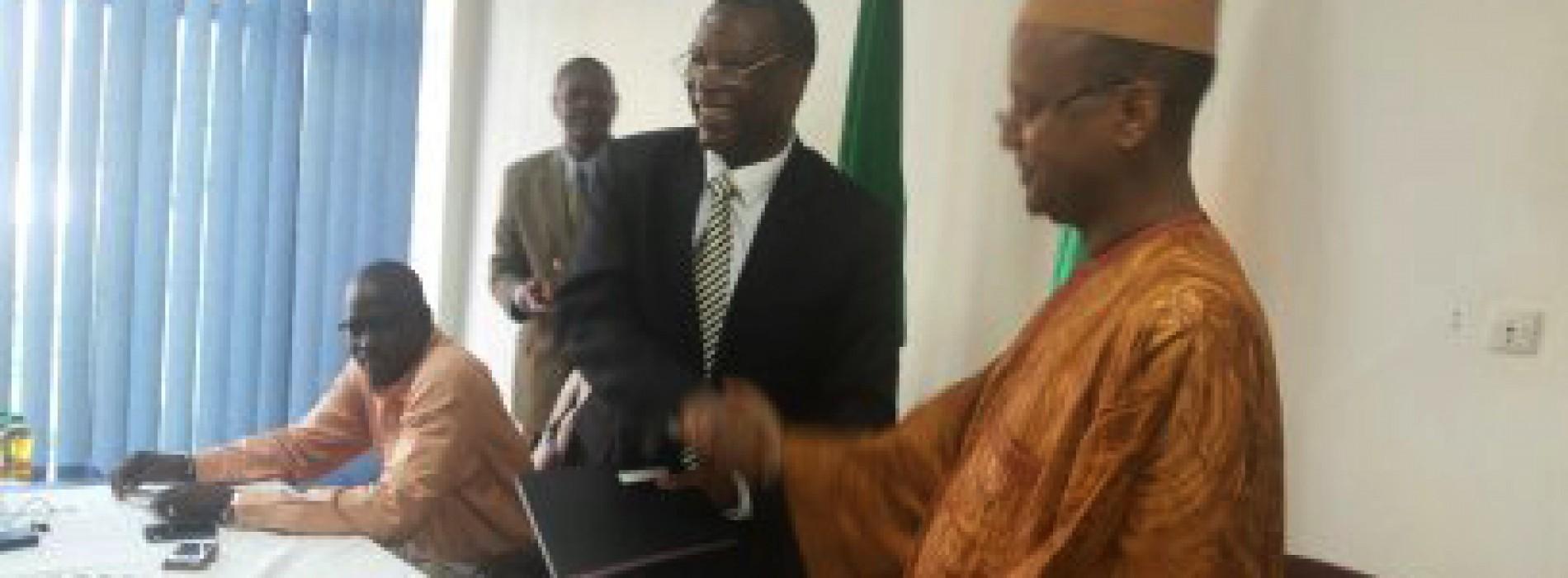 La mission de l'Union Africaine pour le Mali et le Sahel signe un accord de coopération avec la Croix-Rouge malienne